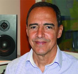 Eloy Decarlo foi a voz da Rede Manchete do primeiro ao último dia da emissora.